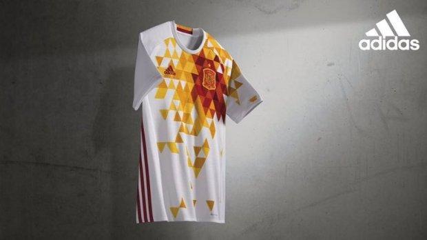 Spain Away Kit